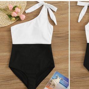 Two Tone Tie Shoulder One Piece Swimwear